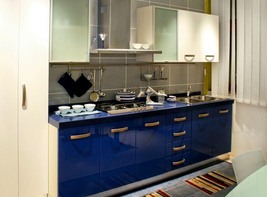 D co 27 id es de cuisine bleues images de d cors de peintures et d 39 armoires d coration - Peinture d armoire de cuisine ...