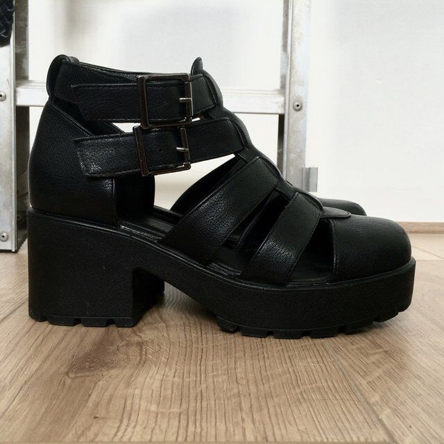 9abdf5339e Image 4 of Vagabond Dioon Black Leather Heeled Shoes | Things to Wear |  Black leather heels, Shoes, Leather