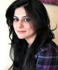 Sanam Baloch Pakistani Actress Haircuts For Long Hair