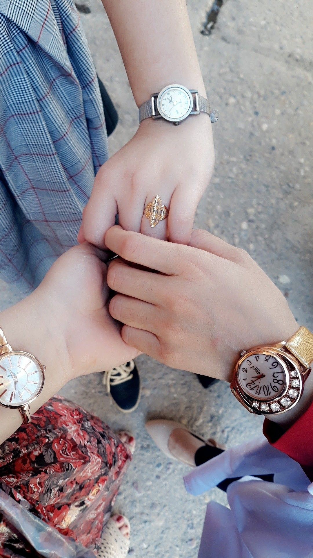 Pin By ڠــٻ ــم ــۃ 𝐆𝐇𝐘𝐌𝐇 On Friends In 2020 Stylish Girl Pic Girly Jewelry Boy And Girl Best Friends