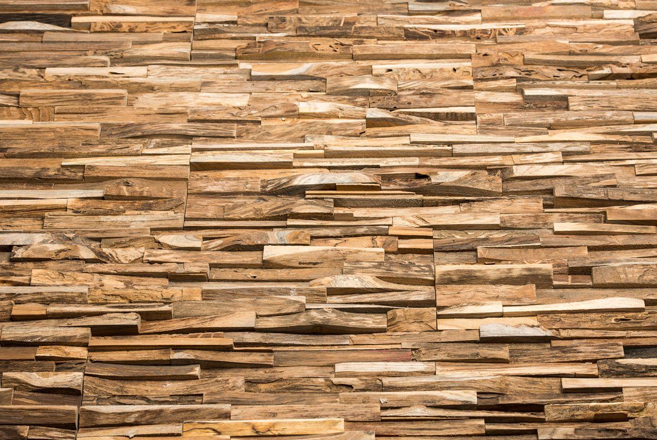 Holzwand holzdesign mit harth lzern designwand aus holz waende aus holz holzpaneele - Holzwand fliesen ...