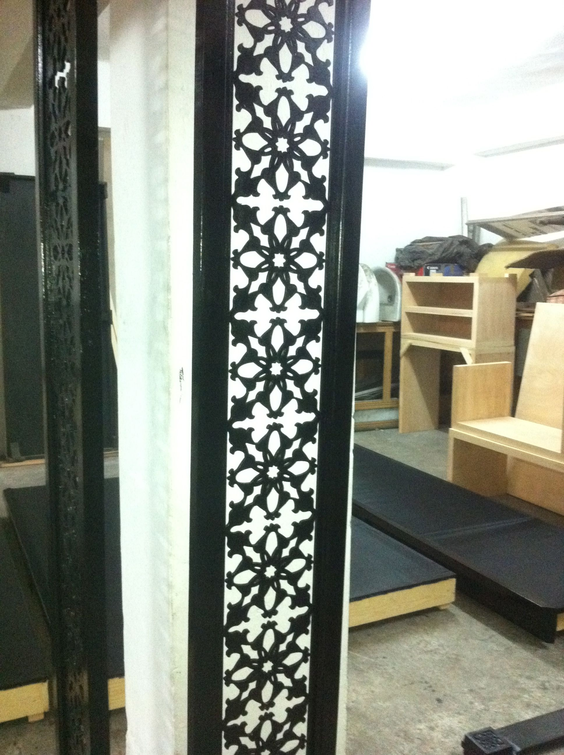 d coupe laser moucharabieh fer forge fer forge. Black Bedroom Furniture Sets. Home Design Ideas
