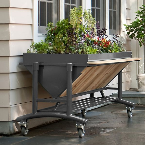 The Quality Engineered Raised Garden Bed With Wheels Supports Up To 500 Lbs Of Earth And Plants This Container Makes Planting Easy