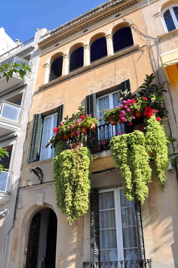 Casa Josep Sunyer, Villa Candelaria, en el Paseo de la