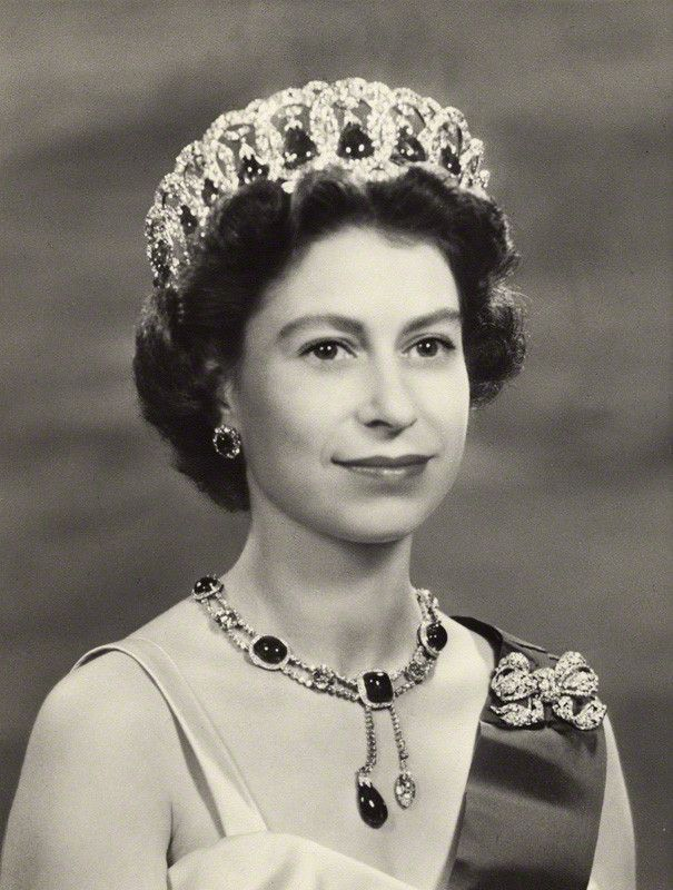 how old is queen elizabeth