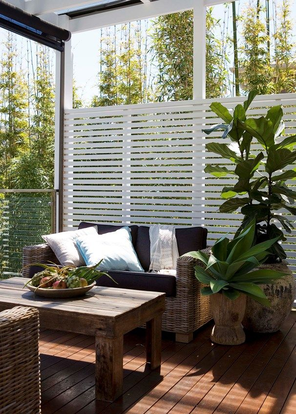 Cosy covered outdoor spaces | Ideas for the House | Veranda, Jardins ...