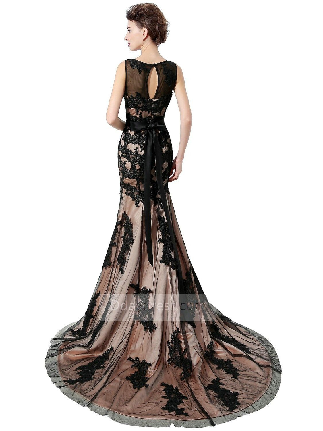 Save yourself for purchasing elegant sleeveless scoop mermaid lace