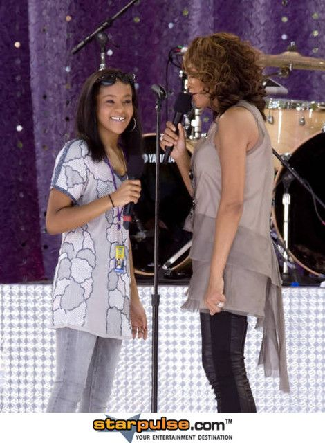 Bobbi Kristina Goes Missing After Whitney Houston's Funeral
