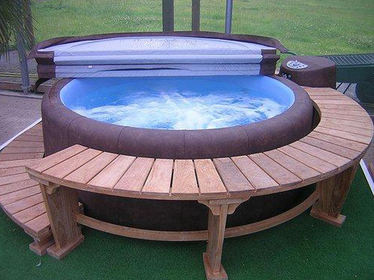 Unique Hot Tub Accessories Ideas - http://www.twitter-buttons.com ...