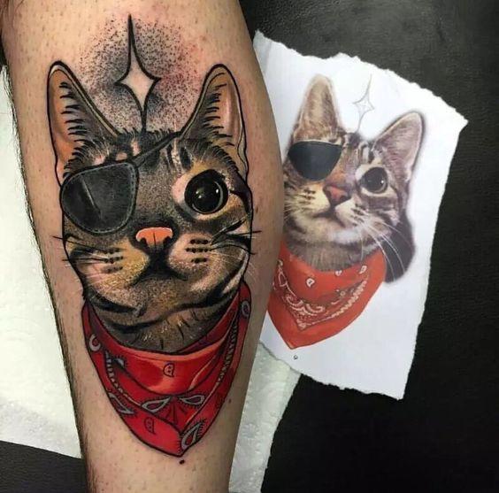 portrait hyperrealiste chat avec foulard | Tatouage chat, Tatouage de chat, Tatouage