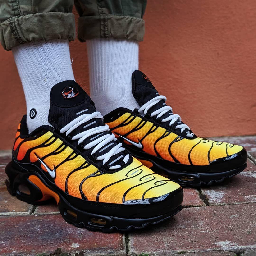 Nike TN Air Max Plus Tiger Orange 852630 040