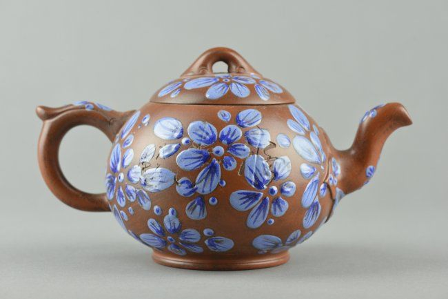 Chinese Zisha Pottery Tea Pot With Blue Enamel Mar 12 2015 888 Auctions In Canada Pottery Tea Pot Tea Pots Tea Pots Art