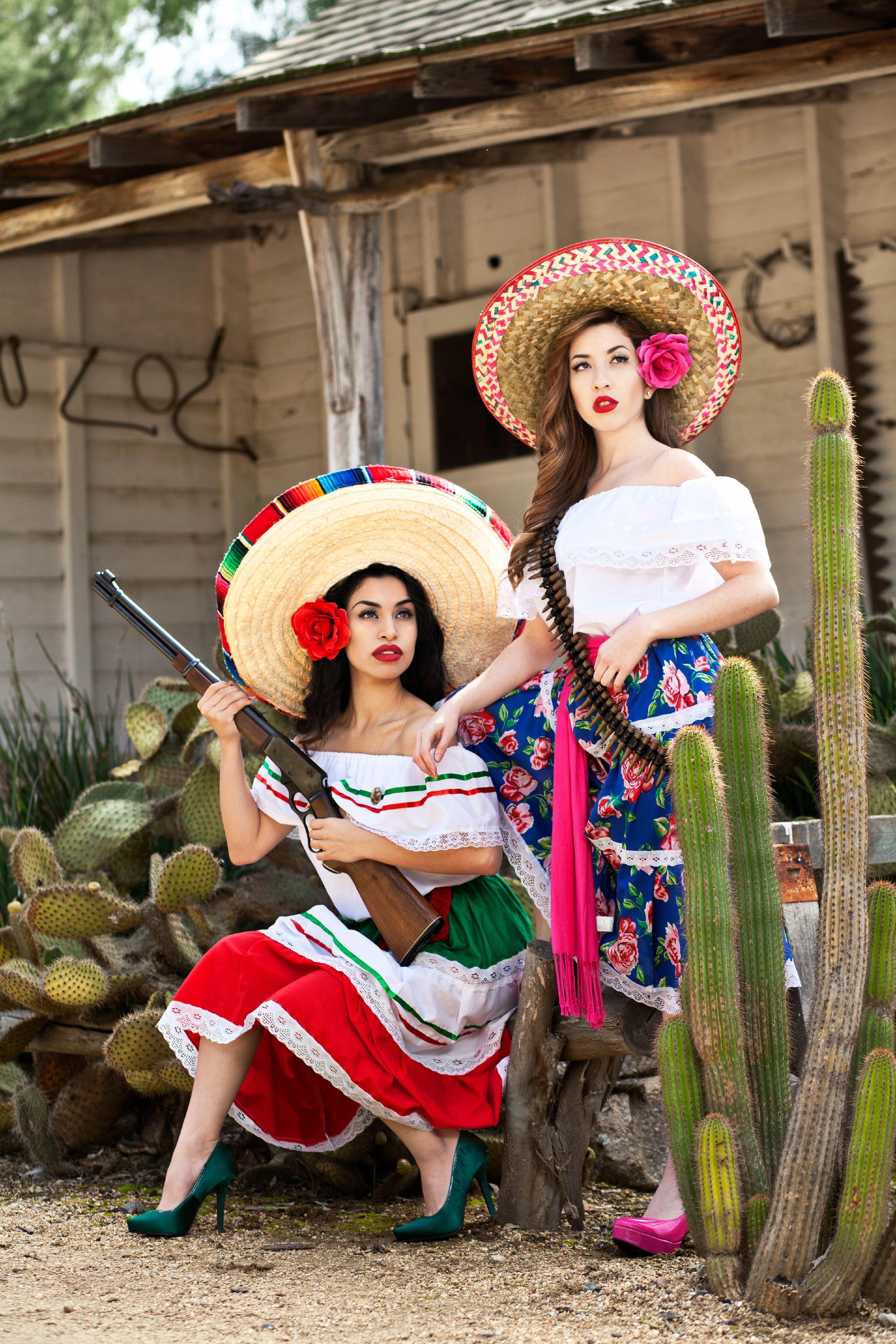 34b1d08932 Fiesta bridesmaids shoot. Pinup Model Tania Fonseca   Jamie Gaxiola