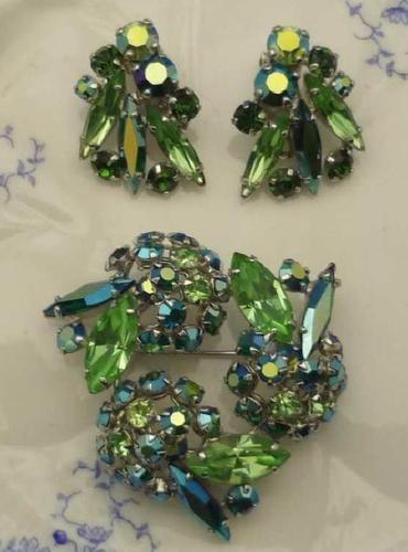 Sherman Ab Green Blue Uranium Glass Earrings Brooch Vintage Costume Jewelry Auction Victoria Seller Ebay Com Joyas Broches Verde