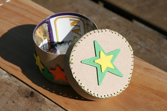 Collecting the Moments... one by one: Ecolovies ~ Cereal box mini boxes
