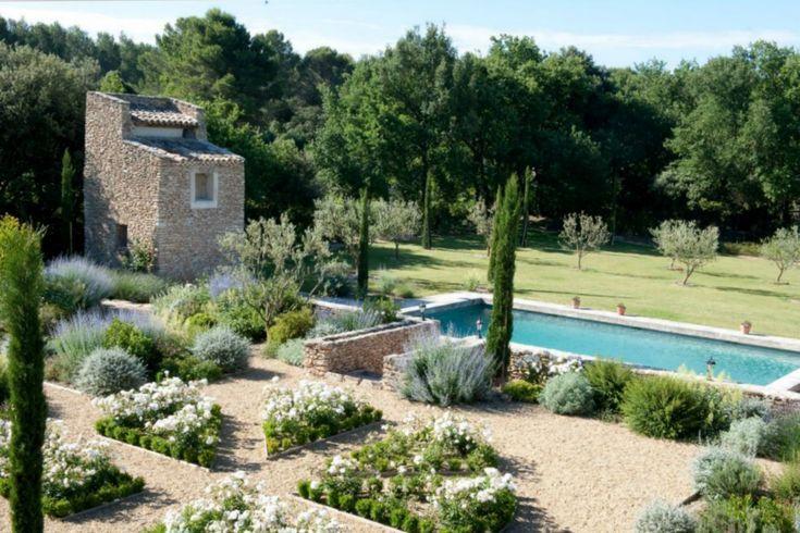25 Beautiful Mediterranean Pool Designs   Swimming pool   Jardin ...
