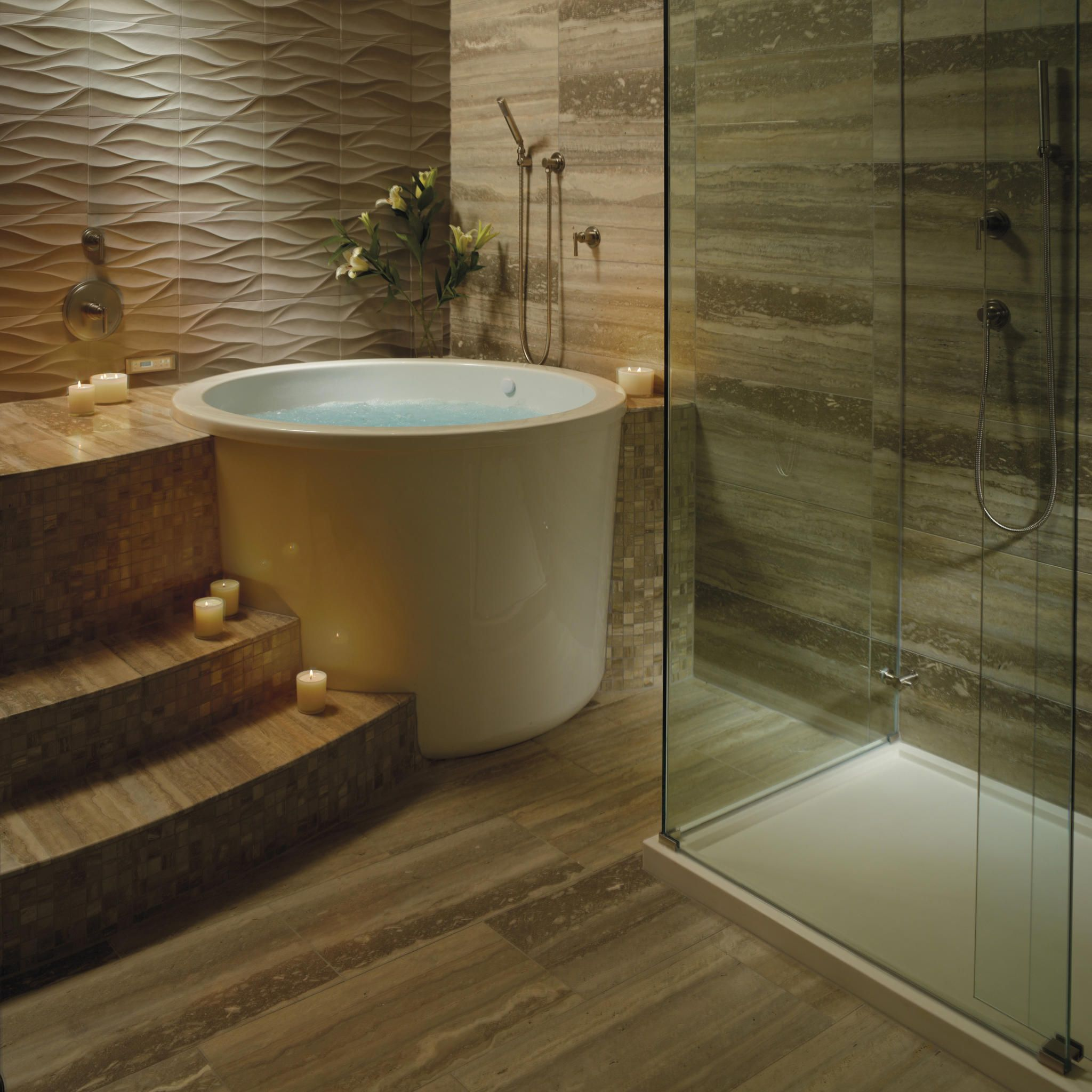 Compact comfort the japanese tub beautiful living - Soaking tubs for small bathrooms ...