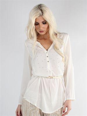 Zanca Sonne - Cremefarvet boheme skjorte med smukke similisten i fronten og  tilhørende bælte 2dae0b65d07f9