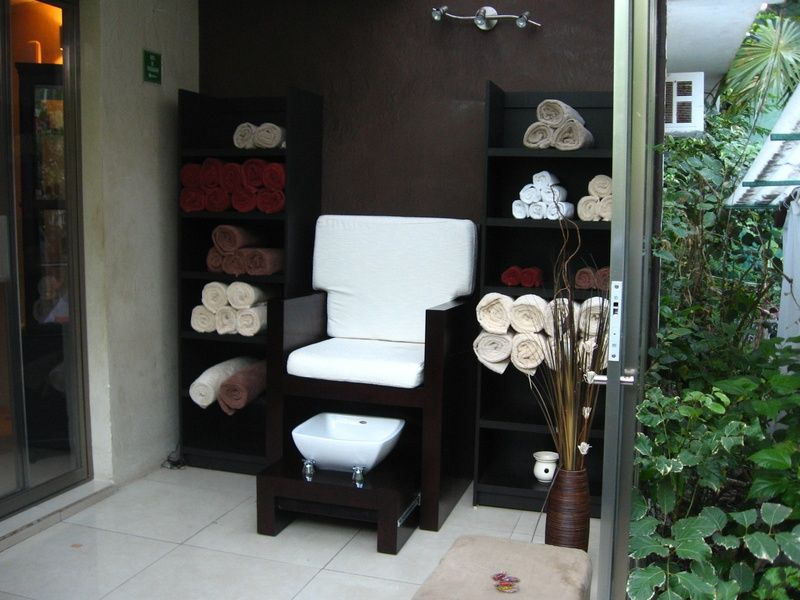 Manicure And Pedicure Room Pedicure Station Nail Salon Decor Home Nail Salon