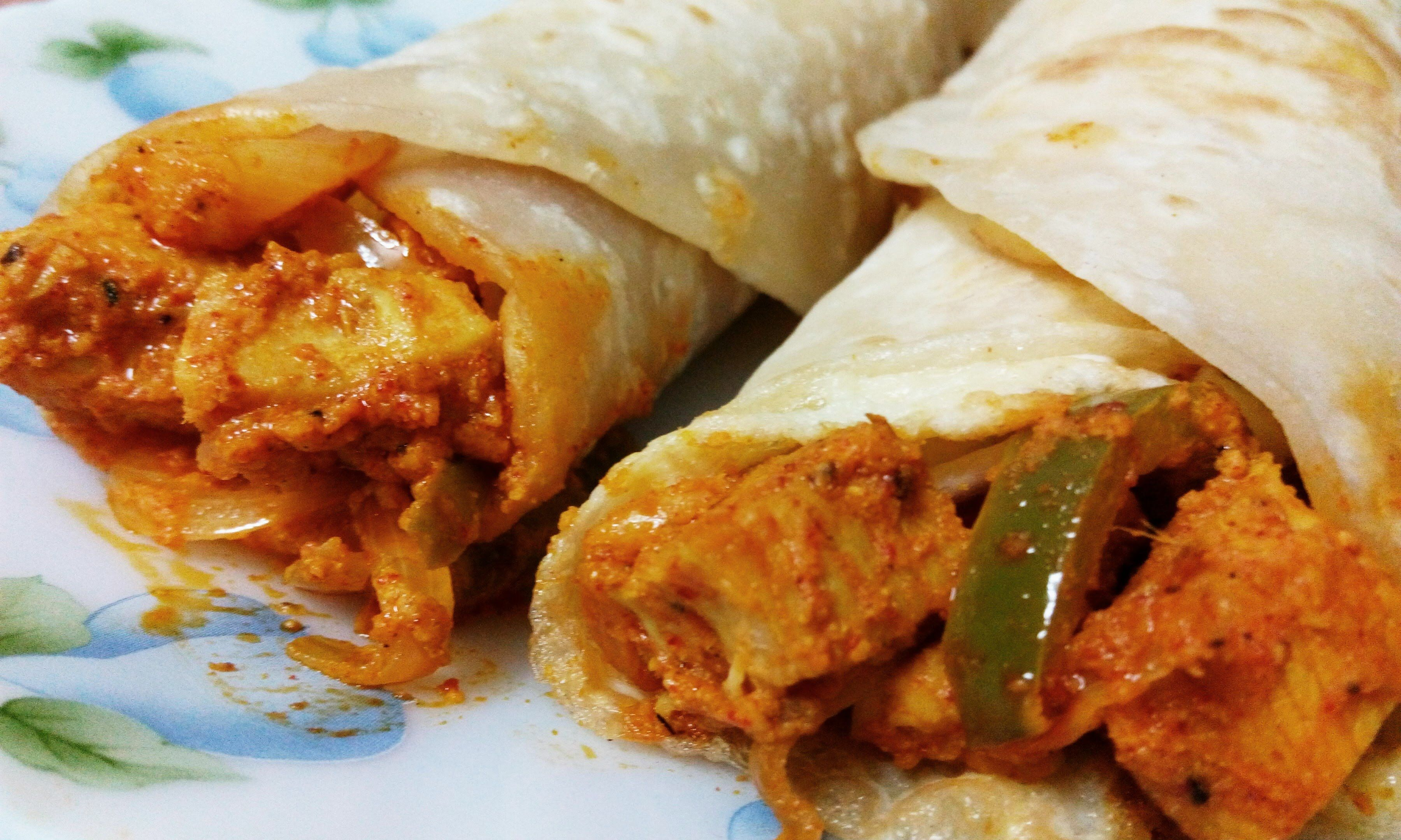 chicken roll recipe  spicy egg chicken kathi roll