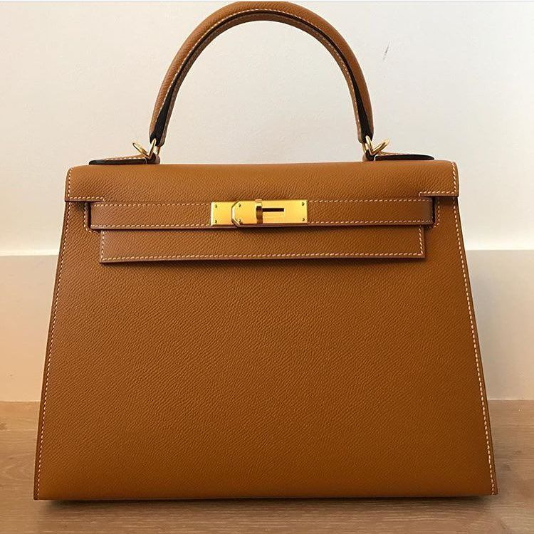 Hermes 28cm Kelly Sellier in Toffee Epsom leather with gold hardware ... 062e9dd73e244