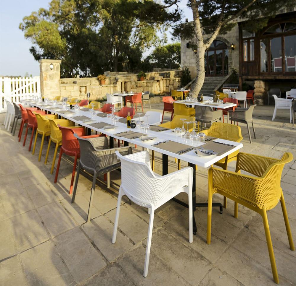 Net Fauteuil Terrasse Hotels Restaurants Empilable Livraison Gratuite En 2020 Fauteuil Terrasse Decoration Exterieur Mobilier Italien