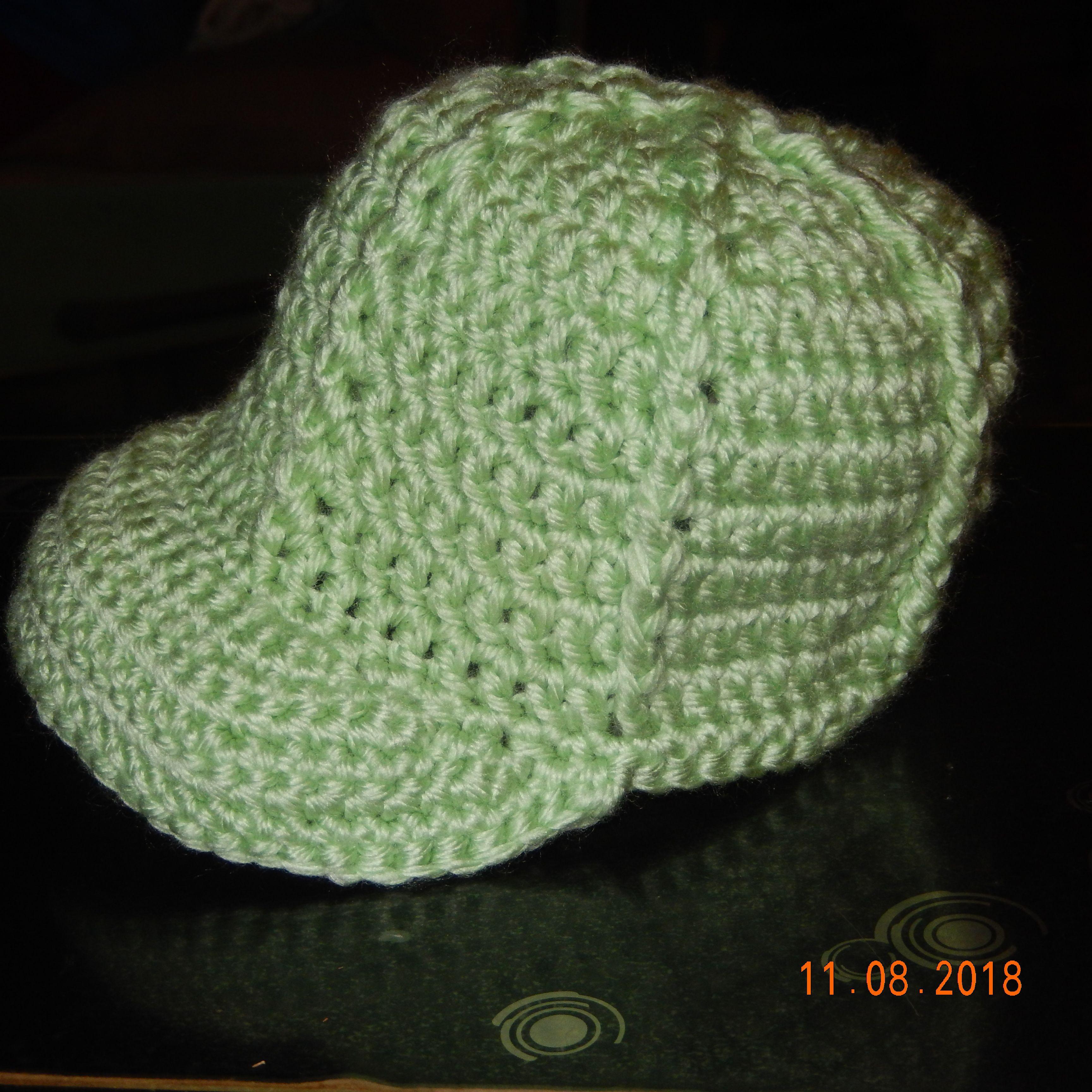 Baby Baseball Cap Made By Toni Willis 11 2018 Pattern By Crochetville Newborn Ballcap Pattern On Ravelry Crochet Baseball Hat Crochet Crochet Baby