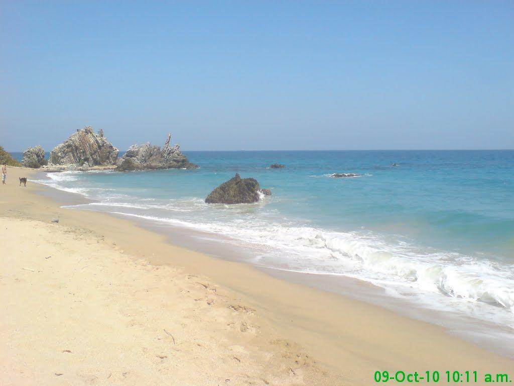 Vargas, Parroquia Caruao, Playa Larga en Todasana.