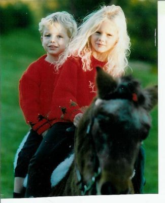 Taylor And Austin Swift Young Taylor Swift Taylor Swift Childhood Taylor Swift Pictures