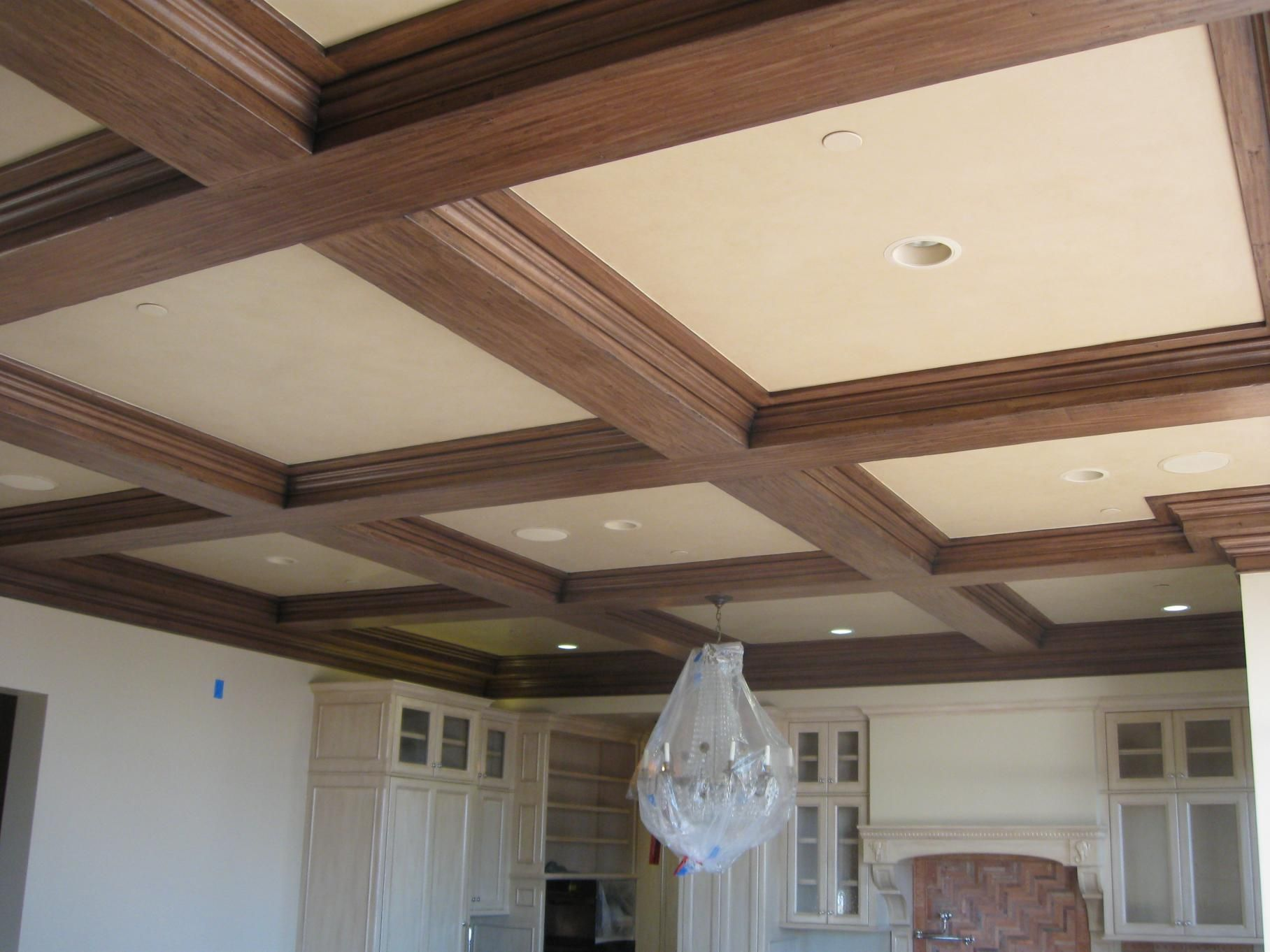 Подвесные потолки из дерева фото