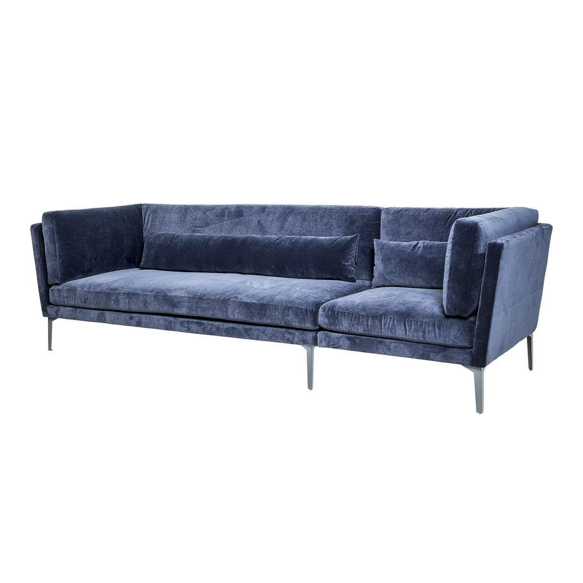 Dieses Sofa Ist Mehr Als Nur Ein Statement In Ihrem Wohnzimmer Der Blaue Extravagante Samtstoff Verleiht Dem Sofa Einen Royalen Touc Samt Sofa Sofa Retro Sofa