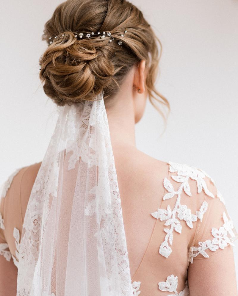 Elegante boda de castillo en melocotón y borgoña – caja de boda