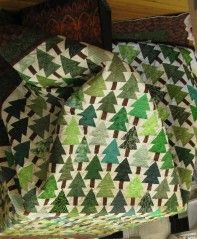 pine tree quilt - would love to make some day, to keep not give ... : pine tree quilts - Adamdwight.com