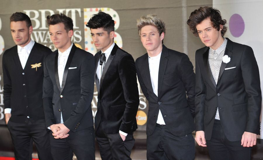 are the members of one direction dating anyone