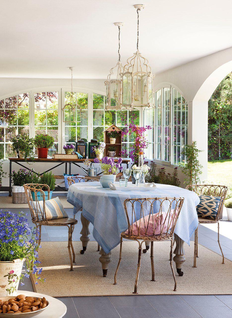 Acristalado | Casas | Pinterest | Mantel azul, Mesa gris y Garajes
