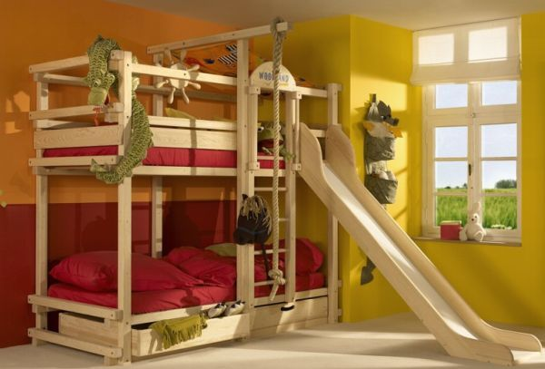 Make The Bunk Beds A Lot More Fun With A Slide Home Areas