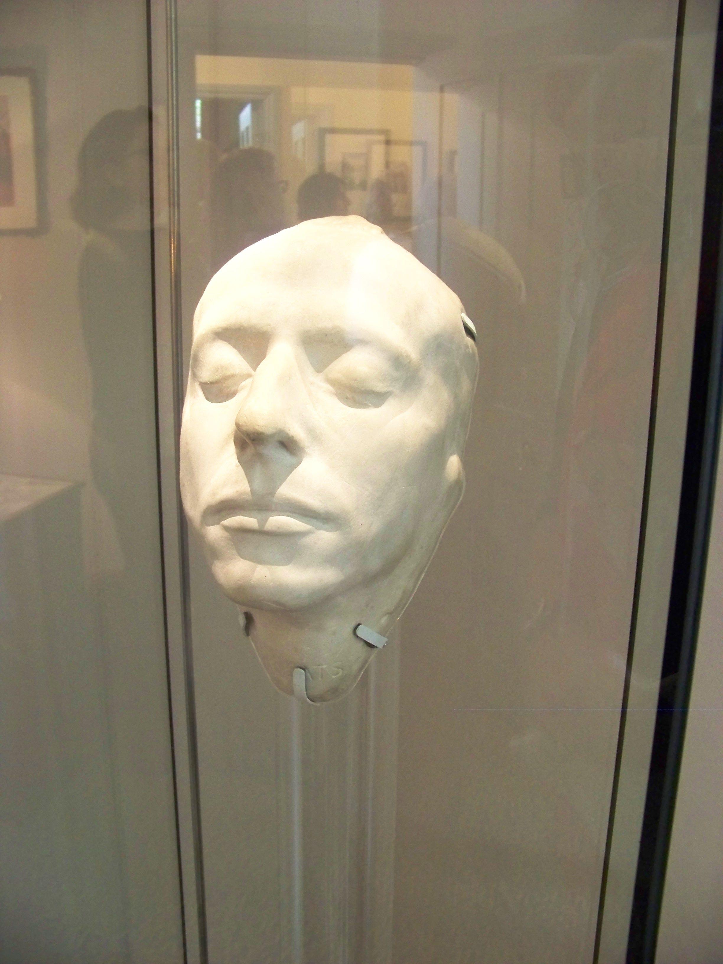 ANNE BOLEYN | Anne boleyn death, Anne boleyn, Mask