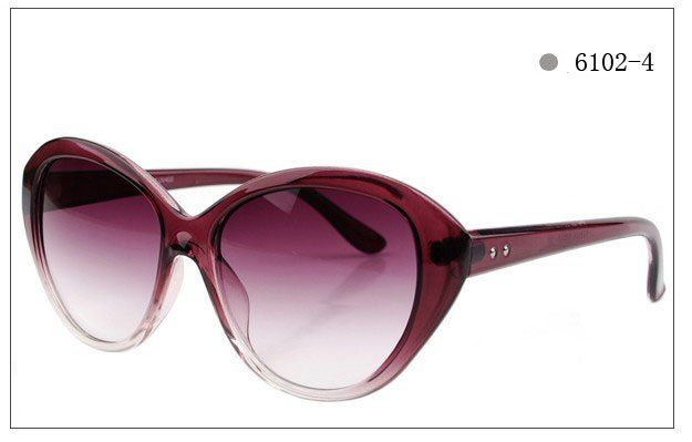 0d0184dbdb1 Ray Ban and Oakley Sunglasses outlet sale only  12.5. copy and open link   sunglasses520.ml to get it immediately.