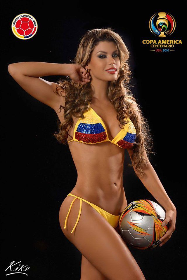 Karoll Villamizar Y Eliana Pinillos Apoyando A La Selección Colombia