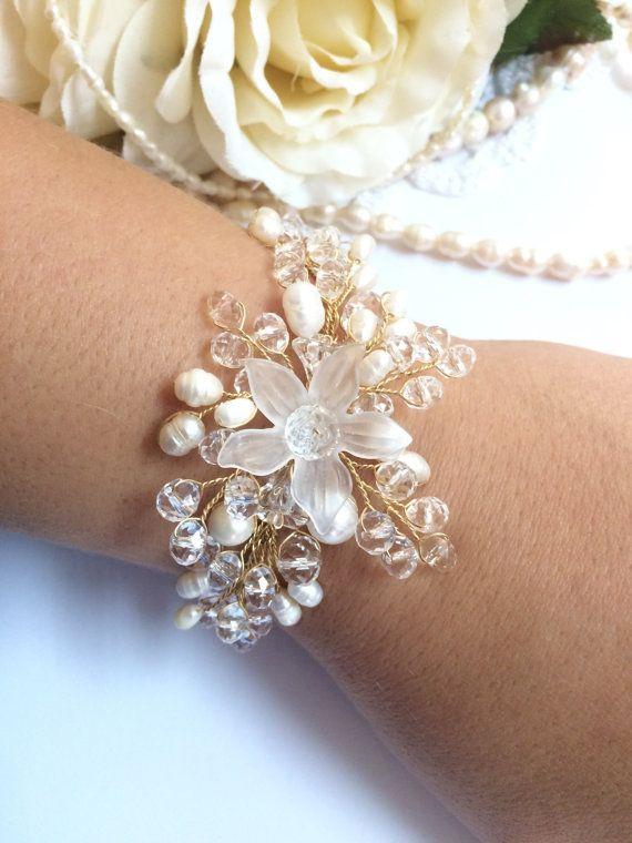 Pearl wedding bracelet bridal pearl bracelet by FlowerRainbow