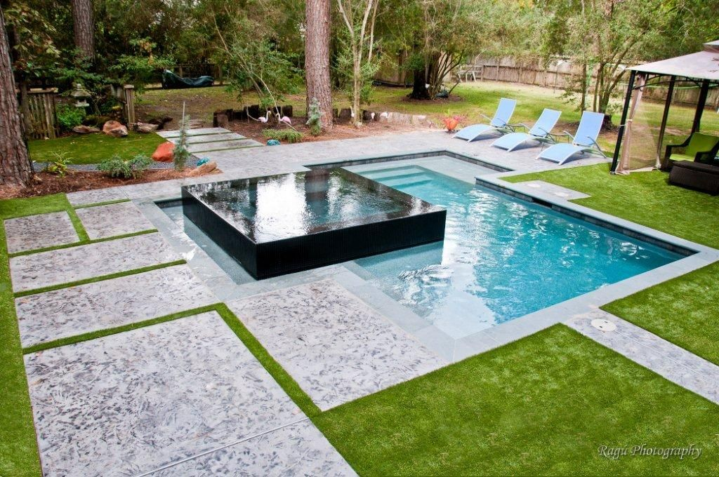 An Awesome Combination Where The Spa Is The Highlight By Poolman Inc Houston Tx Swimming Pools Backyard Small Backyard Pools Backyard