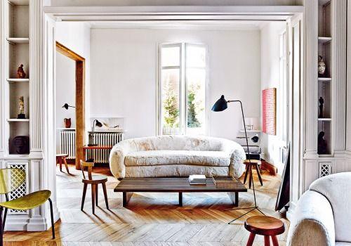 Source: AD España Oh Dear God! Is That A Furry Sofa? A Furry
