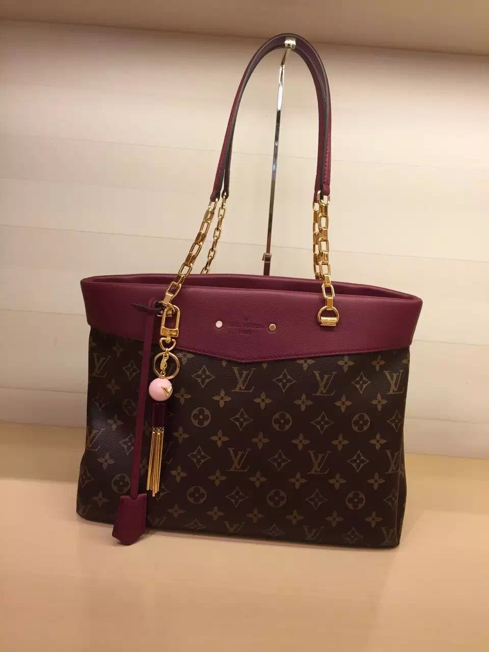 1e661e7cb11b AUTHENTIC LOUIS VUITTON PALLAS SHOPPER BAG M51196 AUROR