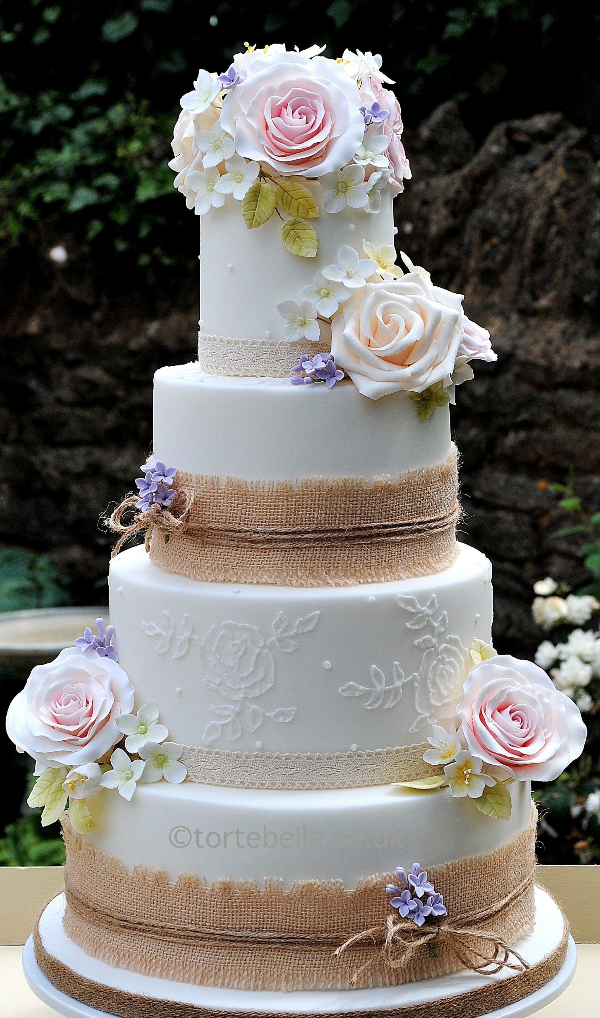 piped wedding cakes quot barn quot style wedding cake form www tortebella co uk with 18605