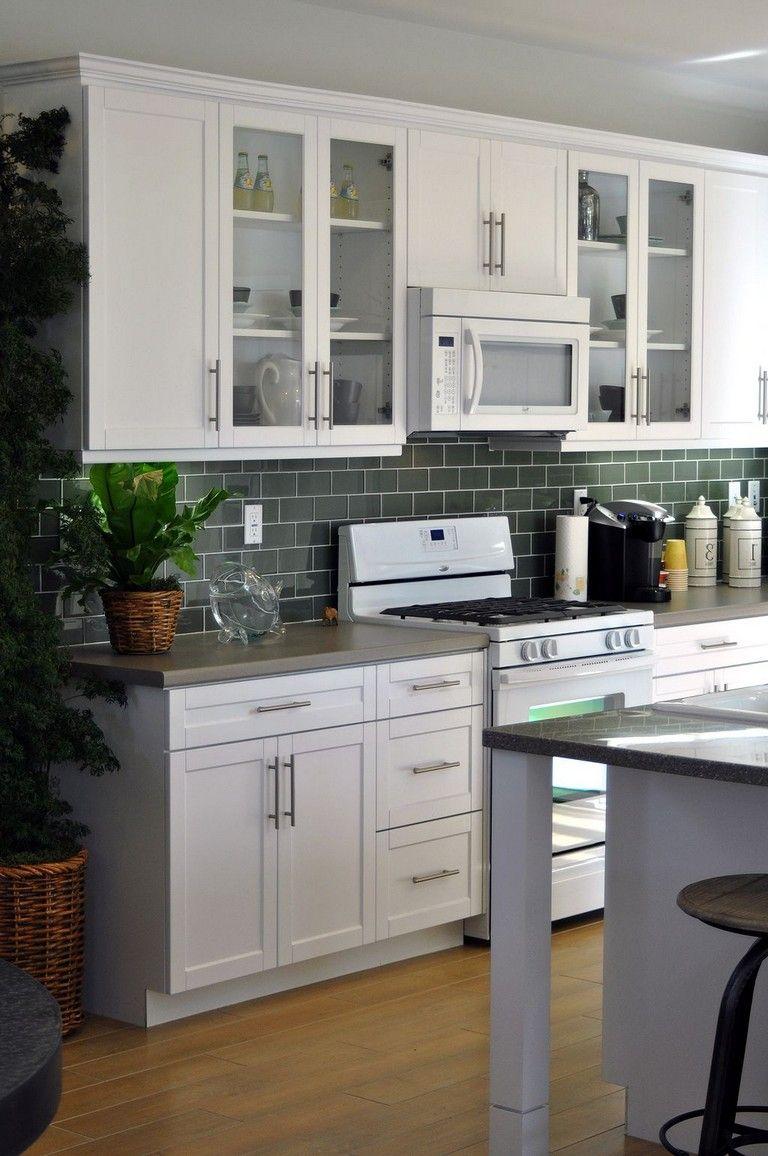 23+ Best Modern White Kitchen Cabinets and Backsplash ...