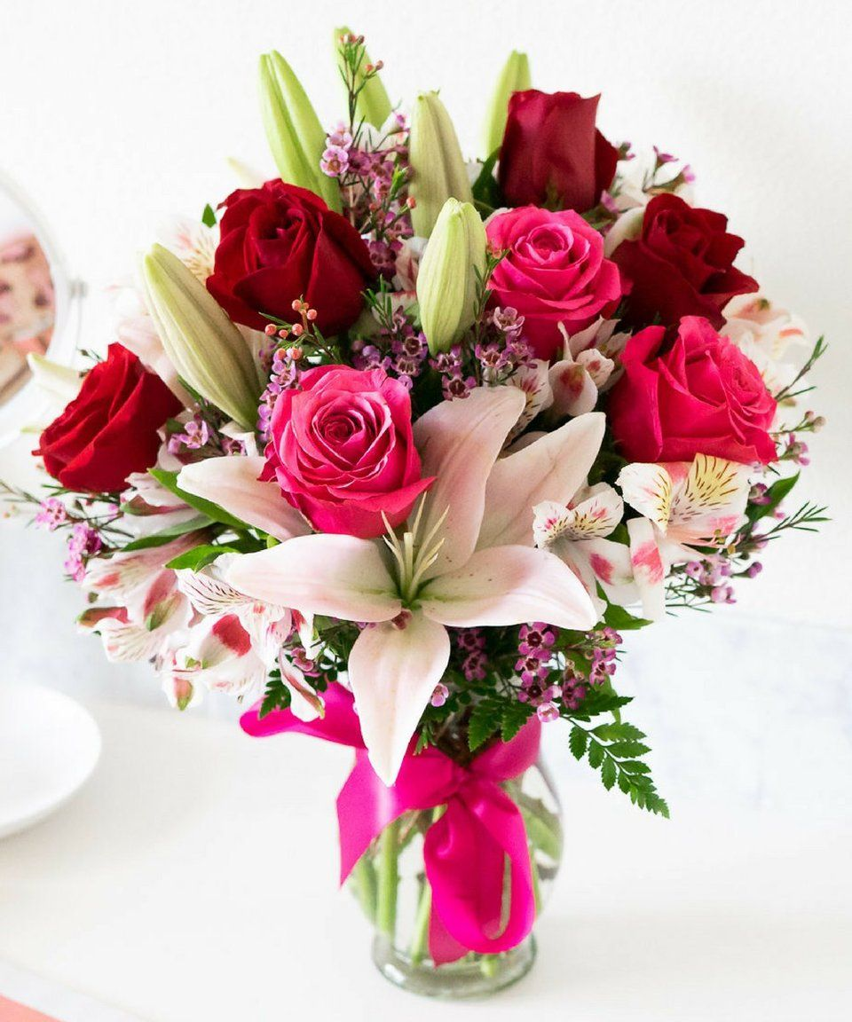 Blooms of Roses & Lilies Lily bouquet