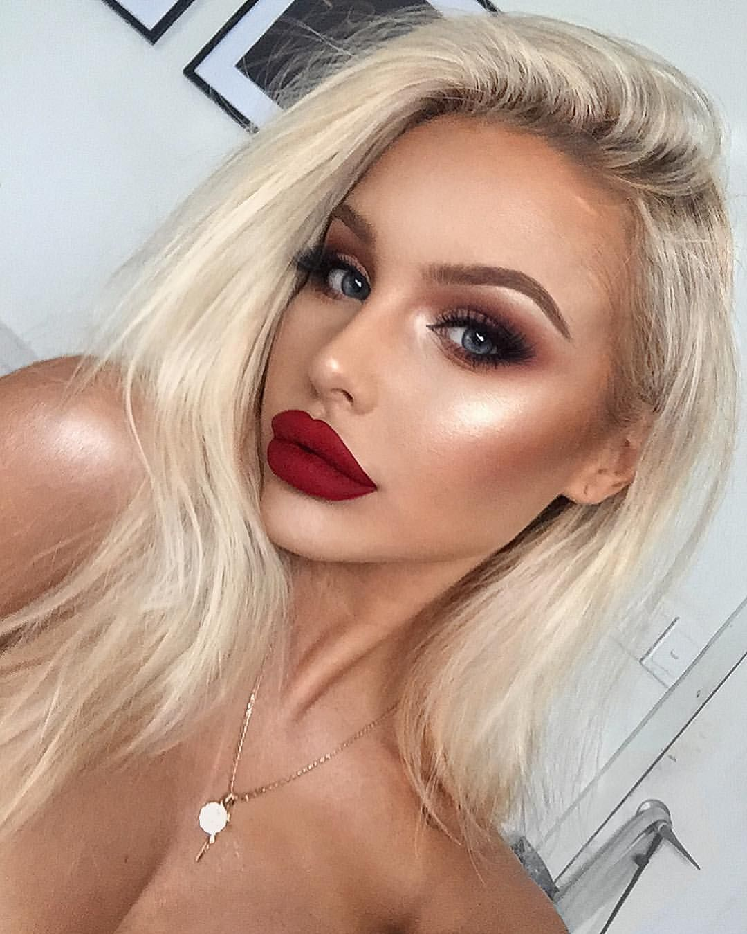 These Days People Know The Price Of Everything And Value Rodeo Bundling 5 Abu L Lips Morphebrushes Liquid Lipstick Stunner Bonny Morphe Highlight Ofracosmetics Drive Brows Anastasiabeverlyhills