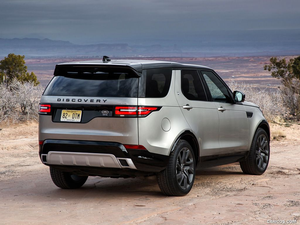 2018 Land Rover Discovery Hse Si6 Color Silicon Silver Us Spec Rear Three Quarter 3 Of 348 Land Rover Discovery Land Rover Land Rover Discovery Hse