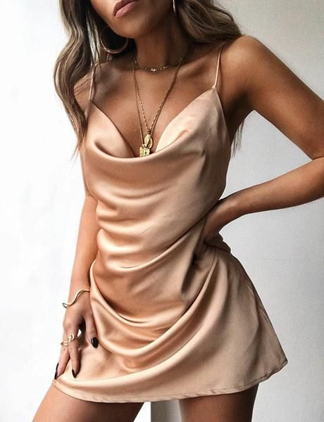 Sexy Mini Champagne Cocktail Dress Satin Spaghetti Straps Short Homecoming Dress 3