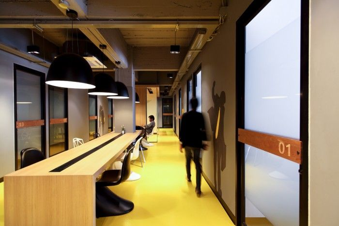 Klique Desks Bangkok Coworking Office by  Studio of Design and Architecture